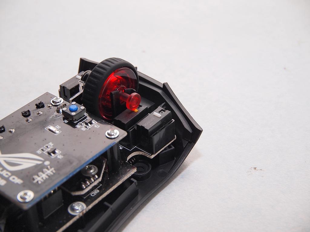 [XF]《玩家構思監製,滑鼠就買這支》ASUS ROG Gladius電競滑鼠