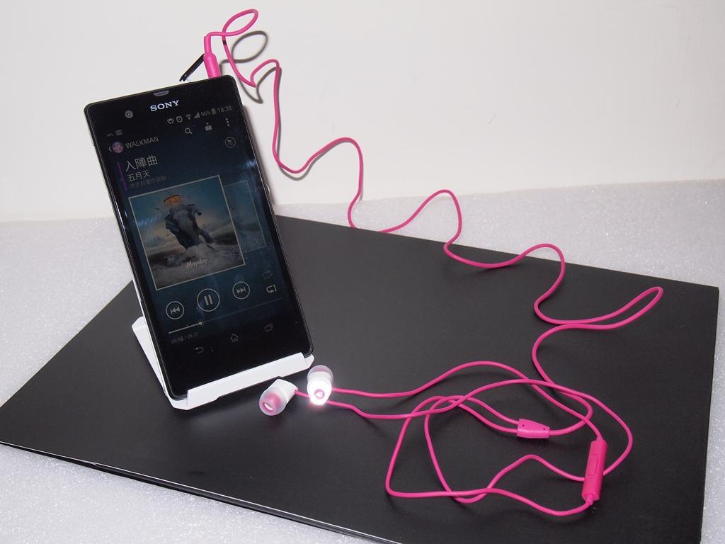 [XF] 隨身享受優質好聲音:CREATIVE HITZ MA200入耳式耳機麥克風