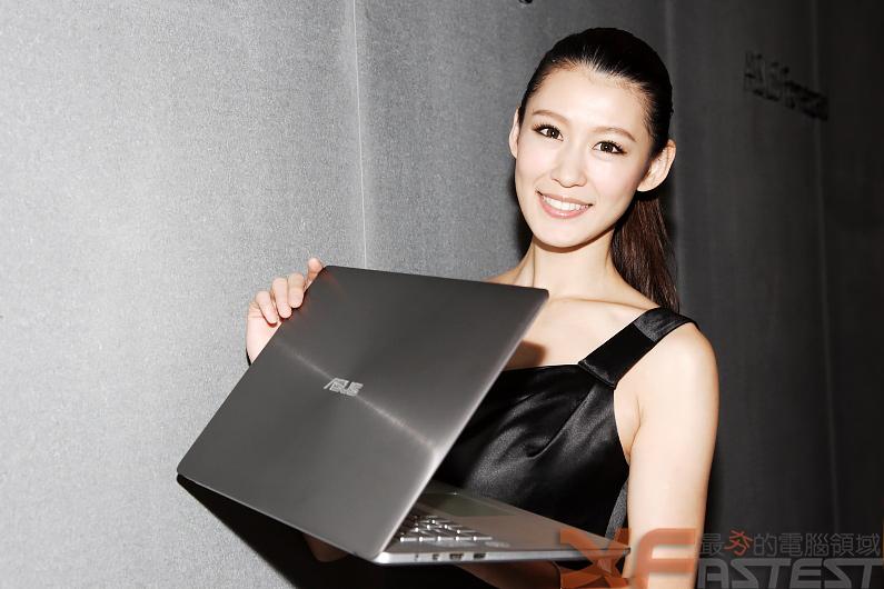 華碩發表全球首款五合一變形裝置與多款行動裝置產品