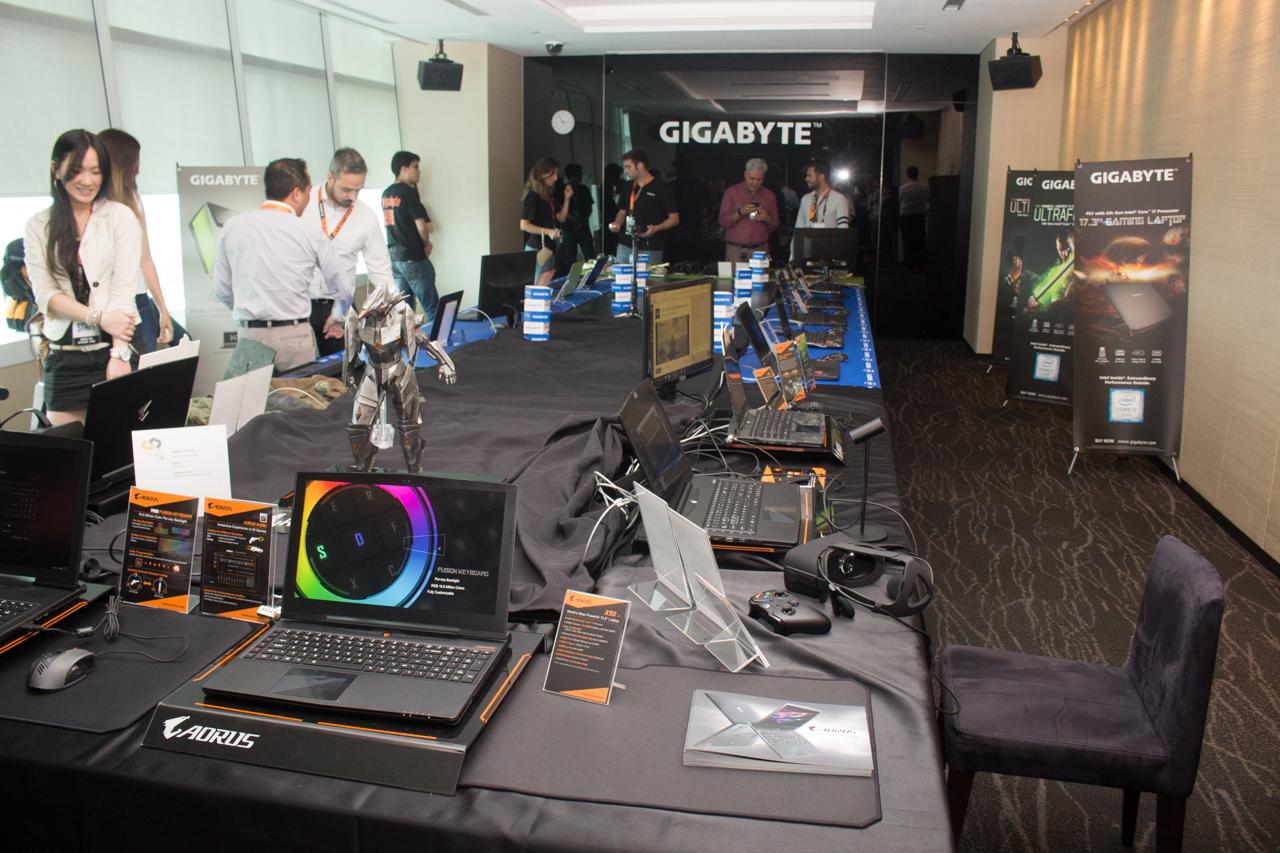 computex 2016 – gigabyte技嘉多元化摊位设计,体感赛车让你玩