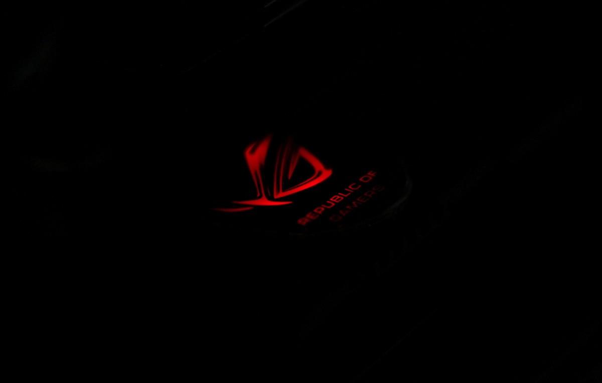 全黑精装 ROG 解放X58平台不灭战魂ASUS Rampage III Black Edtion