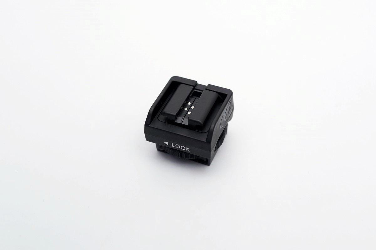 [XF] 老閃燈重獲新生 Sony ADP-MAA 多重介面熱靴轉接座簡測