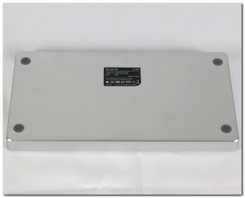 [XF]LUXA2 TX-200 雙無線充電座評測:外觀與實用度皆出色的隨身充電工具