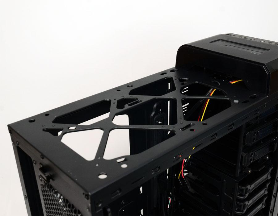 [XF]簡約設計風!曜越Urban T31 / R31機殼 開箱測試