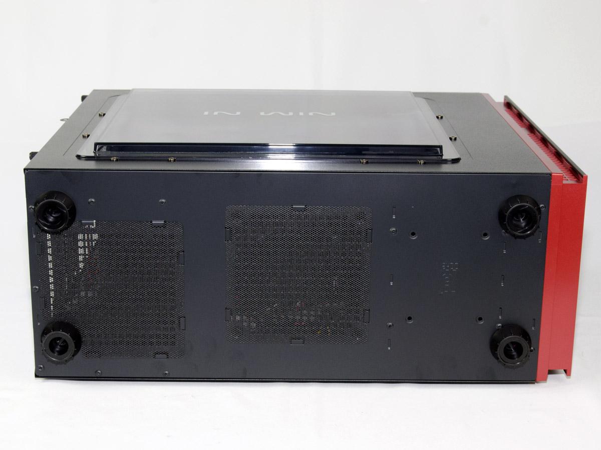 [XF] 迎廣 INWIN 703中塔式機殼 光滑時尚外表包覆出色功能